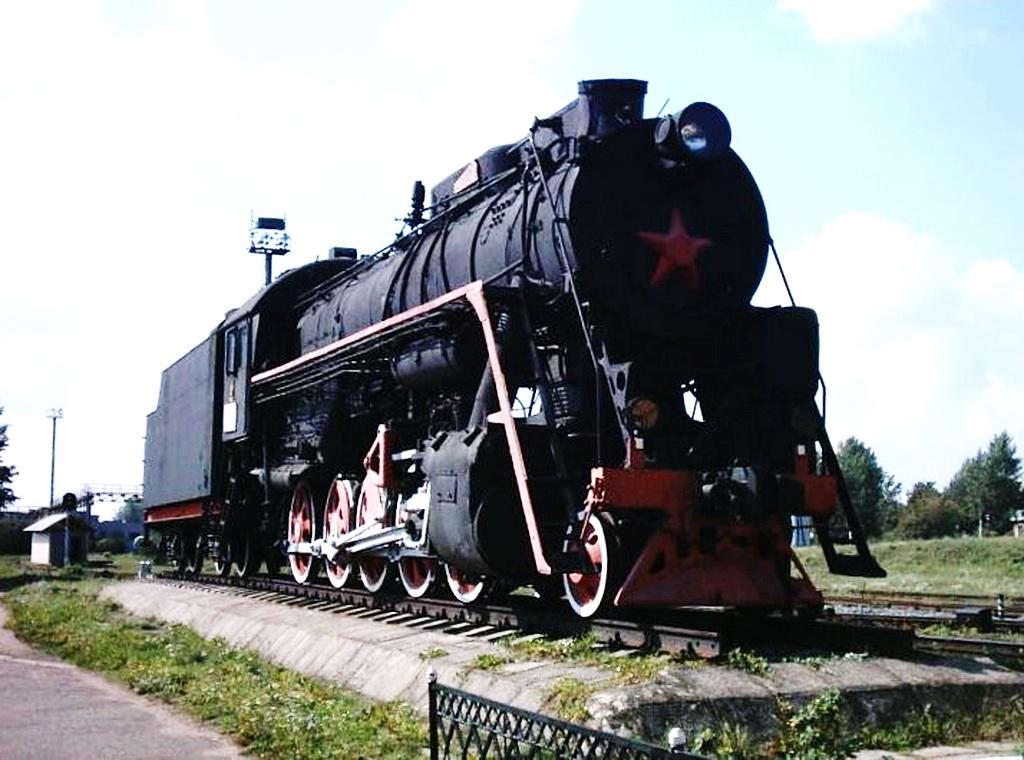 Сегодня паровоз-памятник находится на территории локомотивного депо на стан