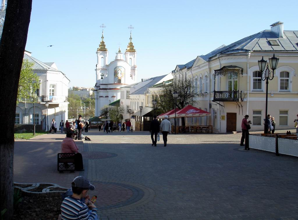 Suvorov Street: a treasury of sights.